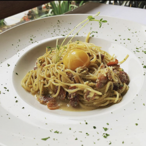 spaghetti carbonara: a Delicious Dish at La Piazza Dario in Vancouver